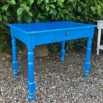 Skrivebord blå