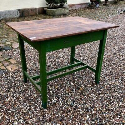 Bord, gammelt bord