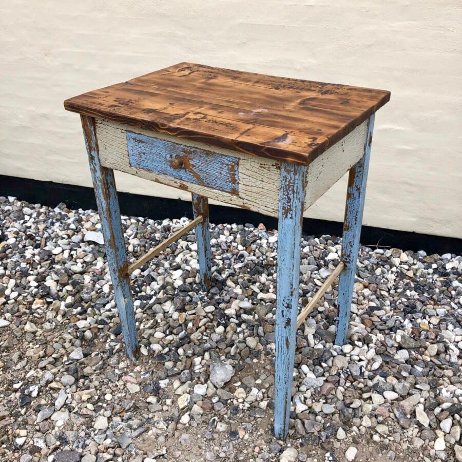Fantastisk Lille konsolbord med original bemaling 60x44 cm - Stentebjerg Antik KT36